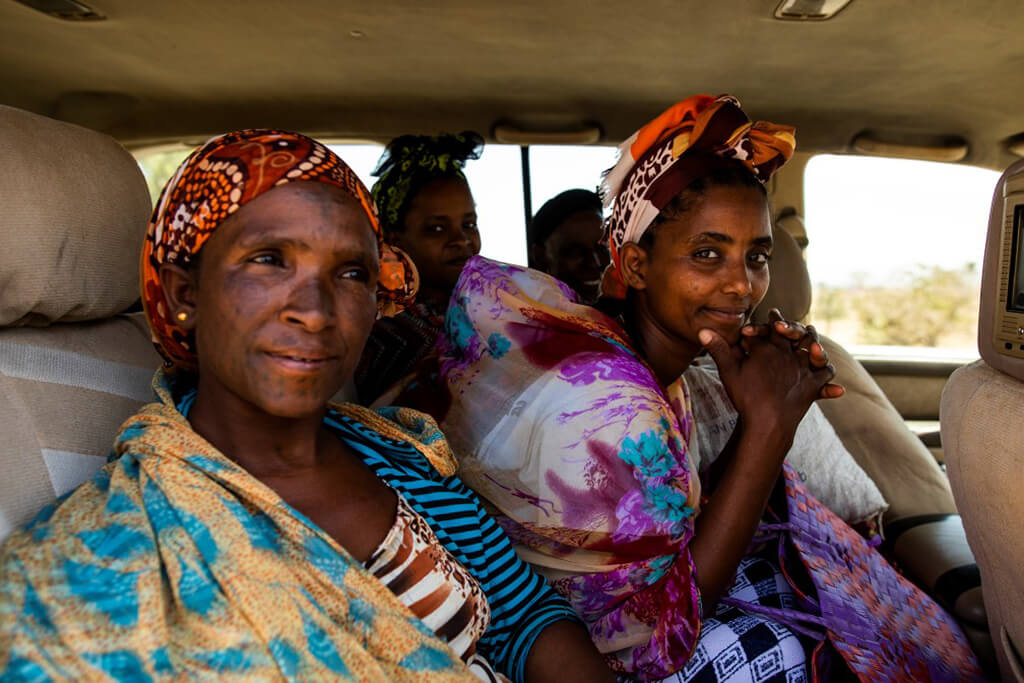 women_in_car_ethiopia