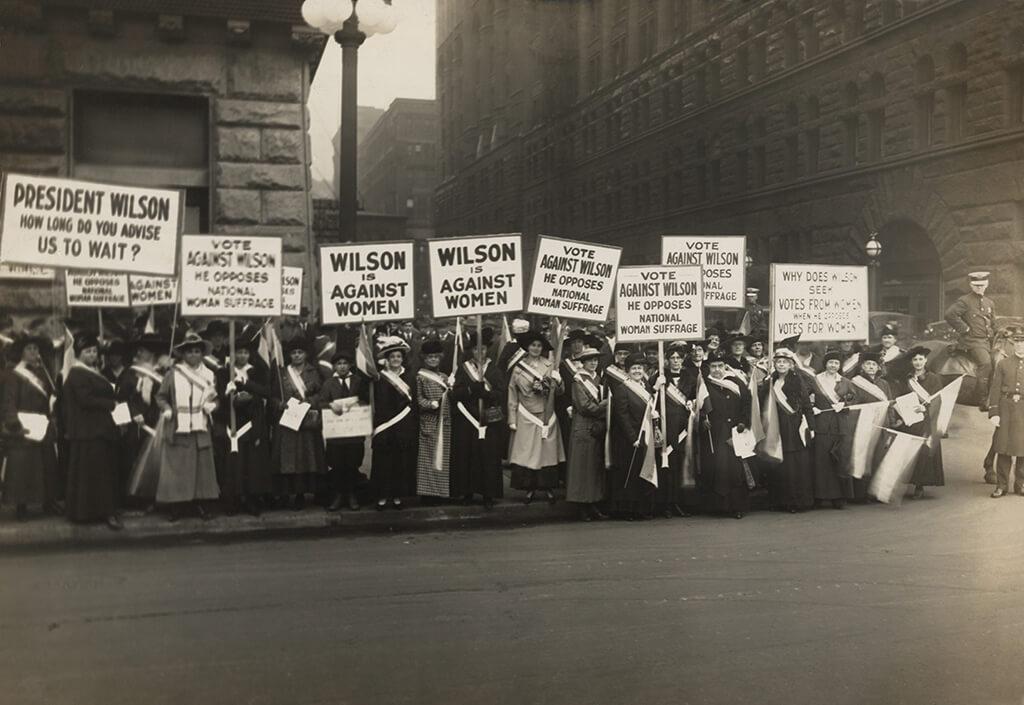 How International Women's day begun at February, 1908.